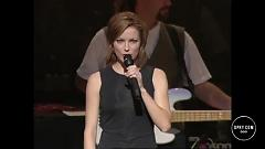 Broken Wing (Live At The Grand Ole Opry) - Martina Mcbride