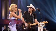 Remind Me (Live At The Grand Ole Opry) - Brad Paisley, Carrie Underwood