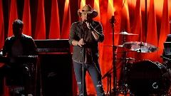 Burnin' It Down (48th Annual CMA Awards 2014) - Jason Aldean