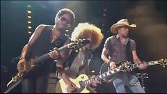 Are You Gonna Go My Way (CMA Music Festival 2013) - Lenny Kravitz, Jason Aldean