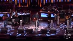 Gonna (Live At The Grand Ole Opry) - Blake Shelton