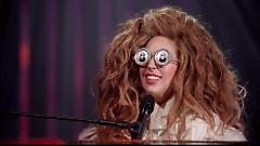 Benny And The Jets (Lady Gaga & The Muppets' Holiday Spectacular) - Elton John, Lady Gaga