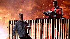 Young (2017 Billboard Music Awards) - The Chainsmokers