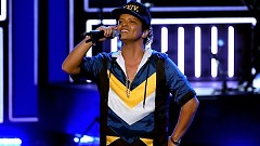 24K Magic (American Music Awards 2016) - Bruno Mars
