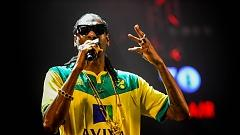 Peaches N Cream (Radio 1's Big Weekend 2015) - Snoop Dogg