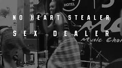 Heartkiller (Lyric Video) - Kat Graham