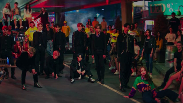 Regular - NCT 127