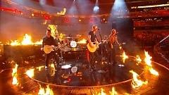 Sippin' On Fire (50th Annual ACM Awards 2015) - Florida Georgia Line