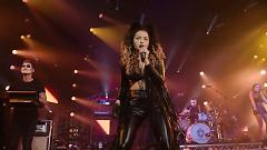 Worry Bout Me (Live At Vevo Halloween 2014) - Ella Eyre