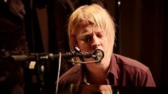 Hold Me (Live At The Burberry Prorsum Womenswear A-W13 Show) - Tom Odell