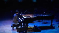 London (Concert Live) - Yoon Han