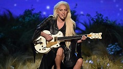 Million Reasons (American Music Awards 2016) - Lady Gaga