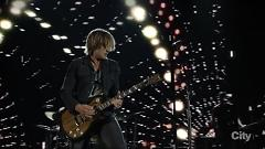 Somewhere In My Car (48th Annual CMA Awards 2014) - Keith Urban