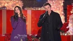 Baby It's Cold Outside (Christmas In Rockefeller Center - Sara Bareilles, Seth MacFarlane