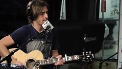 I Can't Forget About You (Live At SiriusXM) - R5