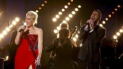 My Heart Is Open (Live At Grammy 57th) - Adam Levine, Gwen Stefani