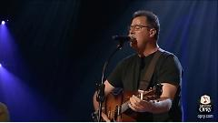Go Rest High On That Mountain (Live At The Grand Ole Opry) - Vince Gill