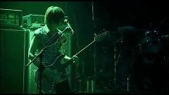 TWO BELL SILENCE (from JIRO Produce Live 2009) - GLAY