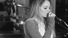 Me And My Broken Heart - Danielle Bradbery
