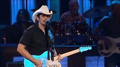 Water (Live At The Grand Ole Opry) - Brad Paisley