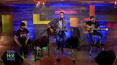 Howl At The Moon (Live In The Vineyard Wine Tasting Party) - Nick Fradiani