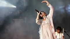 Water Me (Glastonbury 2015) - FKA twigs