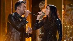 Home Alone Tonight (American Music Awards 2015) - Luke Bryan, Karen Fairchild