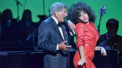 Firefly (Cheek To Cheek LIVE!) - Tony Bennett, Lady Gaga
