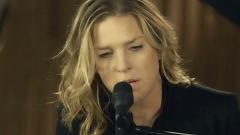 Sorry Seems To Be The Hardest Word (Session Off TV) - Diana Krall