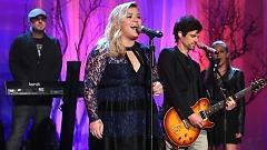Heartbeat Song (Live At The Ellen Show) - Kelly Clarkson