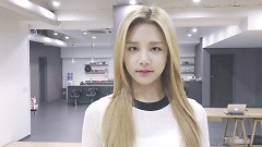 Hwi Hwi (Dance Eye Contact) - LABOUM