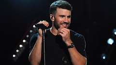 Body Like A Back Road (2017 Billboard Music Awards) - Sam Hunt